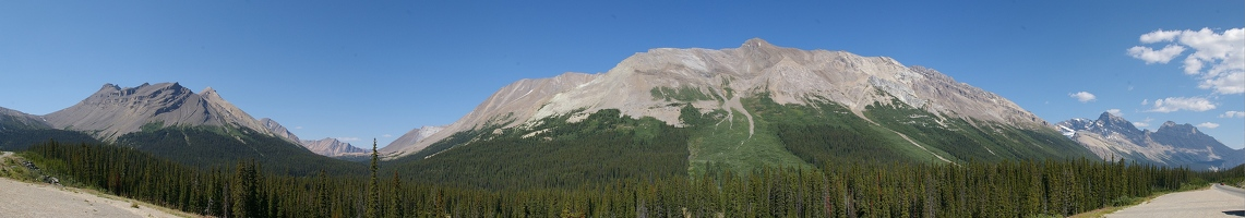 Panoramic view from Icefields Parkway