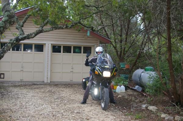 imgp9908_kevin_and_motorcycle1.JPG